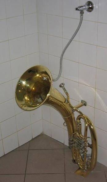 Urinal 5
